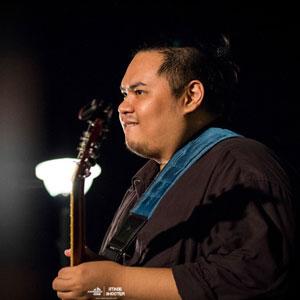 Electric Guitar Instructor - Abraham Edo Rumawas