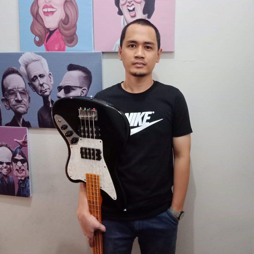 Bass Guitar Instructor - Ihwan Siregar