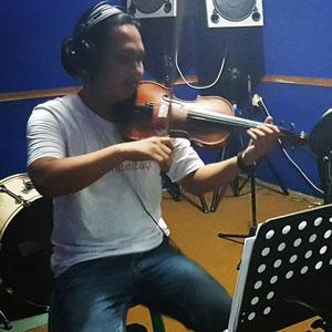Violin Instructor - Imam Badoy